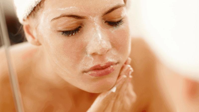 Себорея по лицето – симптоми и лечение
