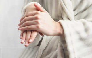 много суха кожа на ръцете